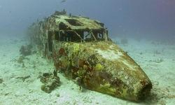 Plane wreck diving