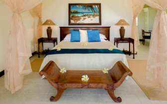 Picture of Villa Bedroom, Cousine Island