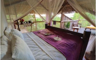 Picture of a spacious bedroom at Chole Mijini Lodge