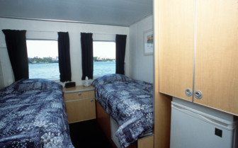 Picture of a twin cabin on board Aquacat