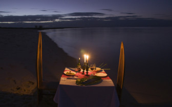 Picture of private beach dining at Nuarro Luxury Eco Lodge