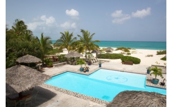 Picture of the pool at the Meridian Club Pine Cay