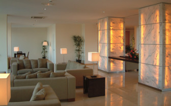 Picture of the lounge at Hotel Caloura
