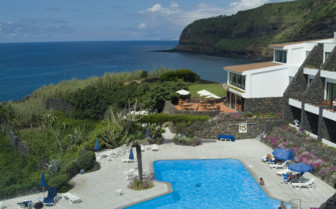 Picture of the pool view at Hotel Caloura