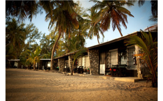 Picture of the cabins at Small Hope Bay Lodge