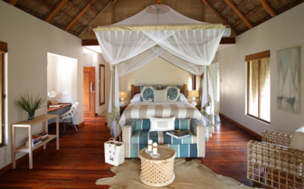 Picture of a villa bedroom at Azura Benguerra