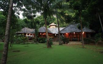 Picture of Sangat Island resort restaurant exterior