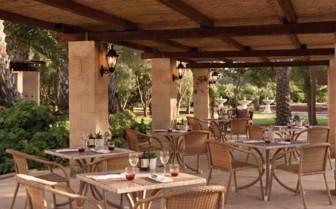 Al fresco dining, Gozo