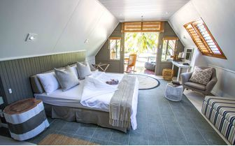 alphonse_bungalow_inside