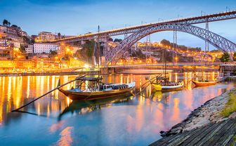Porto bridge and boat