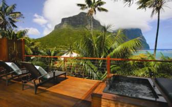 Lidgbird Suite Deck at Capella Lodge
