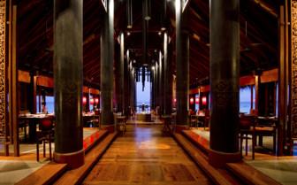 Interior at Reethi Rah hotel