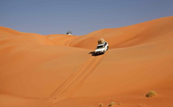 4x4 through the Oman desert