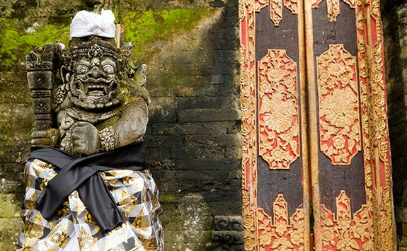 Balinese temple statue