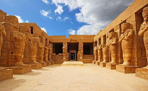 ancient ruins karnak