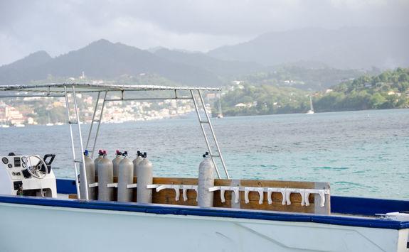 diving boat