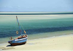 bazaruto beach mozambique