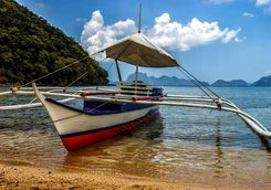 filipino fishinig boat
