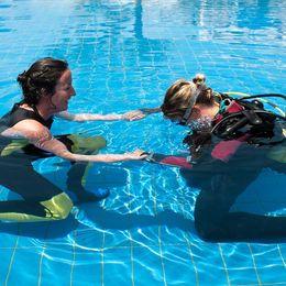 Diving in pool