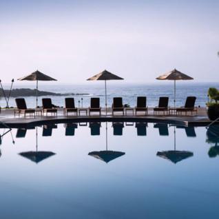 Four Seasons Lana'i Manele Bay, luxury hotel in Hawaii