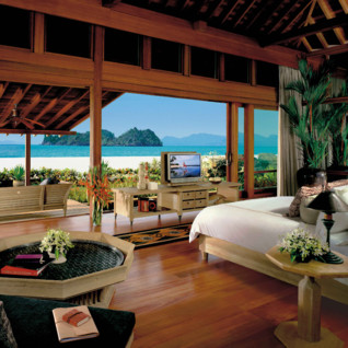 A bedroom with Balcony and Ocean Views - Malaysia