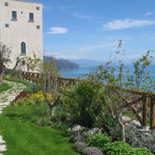 Monastero Santa Rosa, luxury hotel in Italy