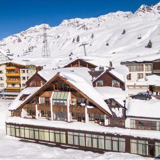 Arlberg Hospiz in the snow, Austria