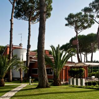 Villa Nocetta hotel, luxury hotel in Rome, Italy