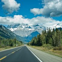 Icefields parkway road