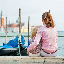 Mother and daughter in Venice
