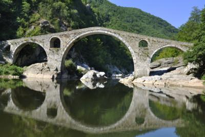 bulgaria_travel_architecture