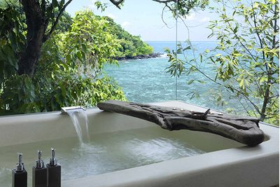 Song Saa bath tub overlooking the sea