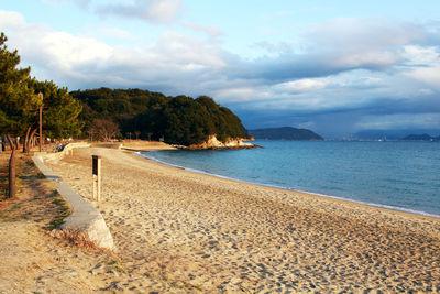 naoshima beach