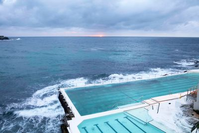 bondi beach swimming pool