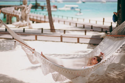 woman in a hammock in the Seychelles