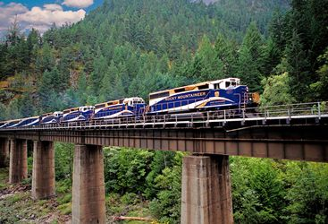 Rocky Mountaineer, Canadian Rockies