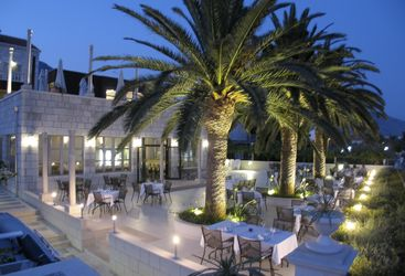 The outside restaurant at hotel Indijan, luxury hotel in Croatia