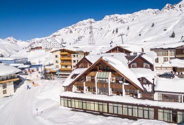 Arlberg Hospiz in the snow, Austria