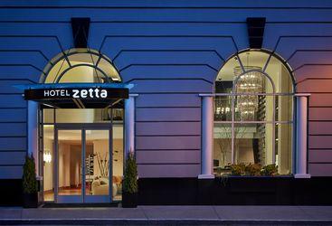 Entrance at Hotel Zetta, luxury hotel in Big Sur