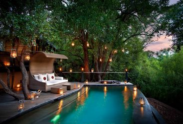 river_house_pool