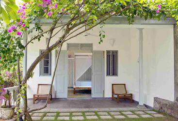 Suriyawatta Exterior, Sri Lanka