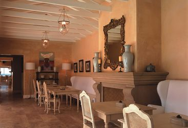 The restaurant at Birkenhead House, luxury hotel in South Africa