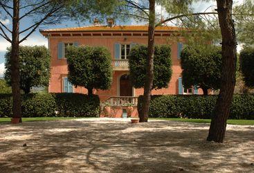 Villa Fontelunga, luxury hotel in Italy