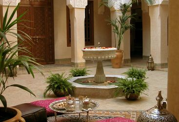 Riad Kniza courtyard and kushions