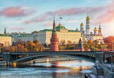 Kremlin and Moscow bridge