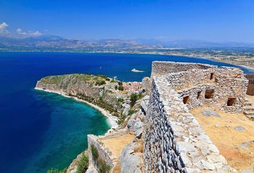 Peloponnese crescent to water