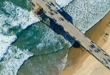 huntington beach pier aerial