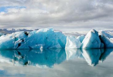 Iceberg glacier lagoon panorama