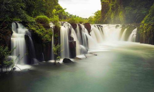 Khon Pha Pheng Waterfall