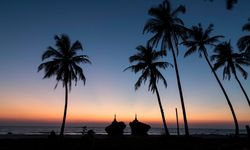 Sunset over Ngwe Saung beach